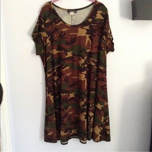 French Atmosphere 3x camo print top